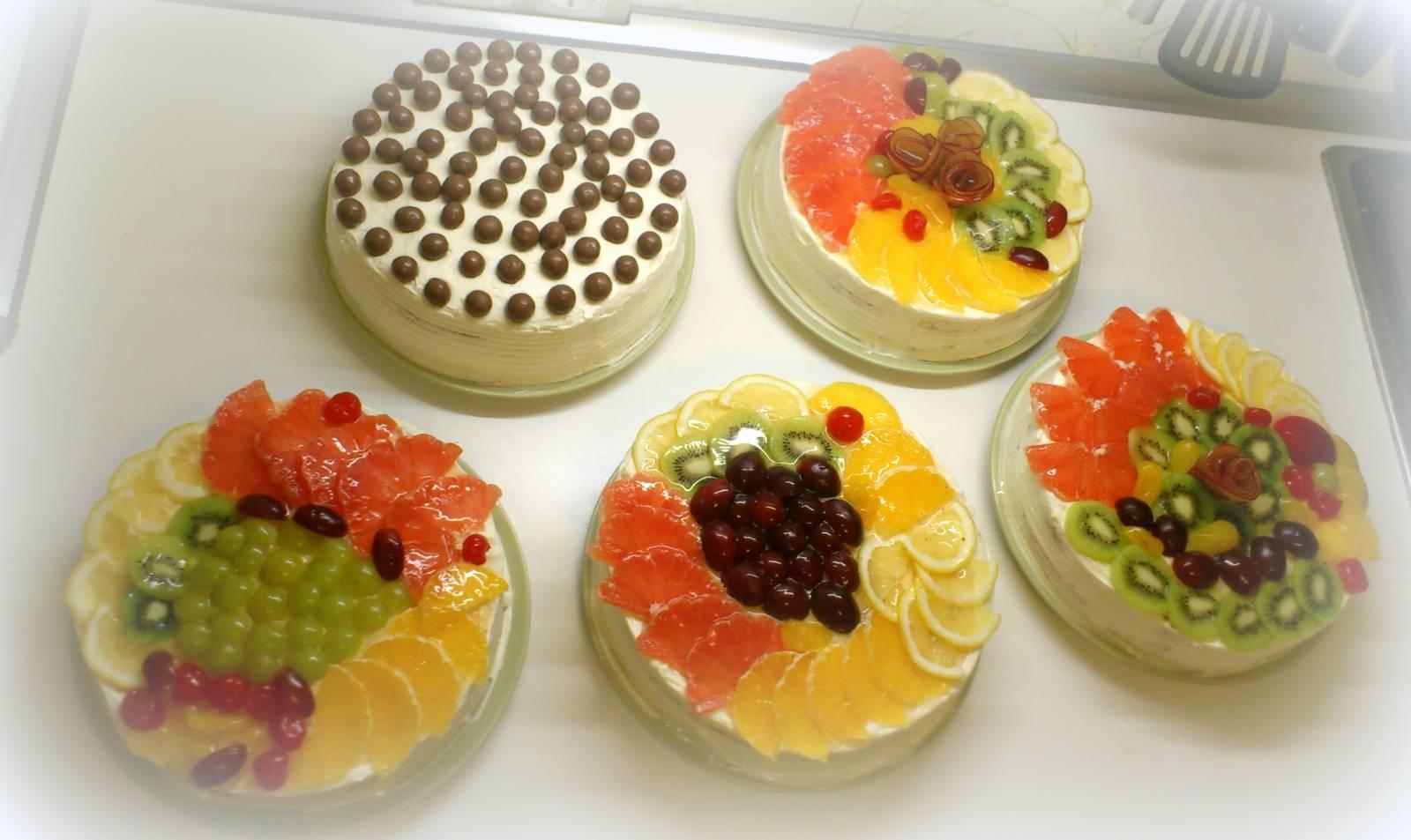Творожные торты с фруктами и желатином